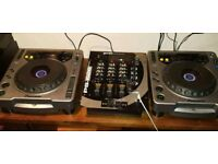 Pair of Pioneer cdj 800 and Gemini ps 626 mixer
