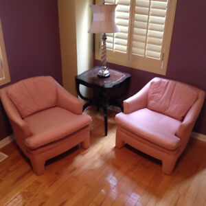 Vintage living room chairs - Rarely used / Chaise s salon