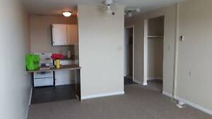 1 Bdrm apt in West End! Only $99 1st month!