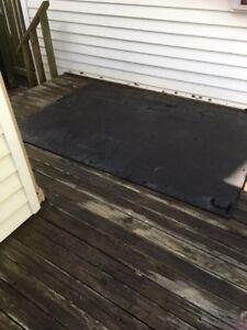 Truck bed rubber mats