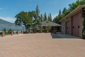2 Bruhn Road, Sicamous -  Outstanding Semi-Waterfront Rancher