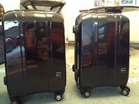 Aircraft cabin compatible lightweight modern suitcases