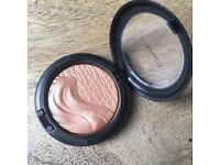 Mac Cosmetics Extra Dimension Magnetic Appeal Skin Finish
