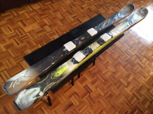 Ski K2 + Fix + Bottes (2 kits, Masculin + Féminin) NEUF
