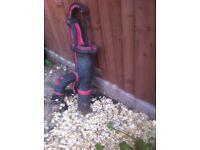 Garden ornament water pump