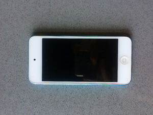 blue iPod Touch 5th gen. with engraving