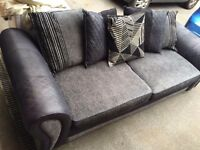 Gorgeous 4 seater black & grey sofa from dfs 1 year old hardly used. Cushions all included. £250