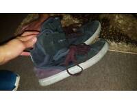 Men trainers size 7