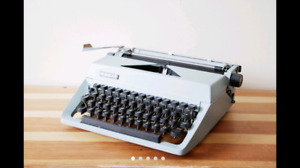 Facit TFacit TP2 Wide Carriage Manual typewriter with cover