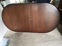 Oval Dining Table - seats 6 - extends to seat 8/10