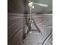 camera/video camera tripod