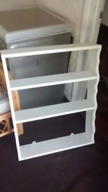 WHITE PAINTED 4 SHELF PLATE / POT STAND WALL UNIT . Shabby Chic,4 Shelves