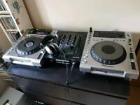 Pioneer CDJ 850 x2 with JB Systems USB mixer and Numark headphones