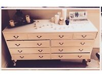 *Large Shabby chic chest of drawers*
