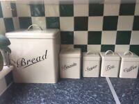 Kitchen Storage - 5 Boxes