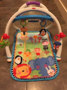 Fischer Price baby play matt, sensory toys!