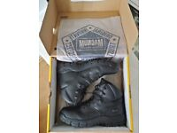 Magnum Precision Master boots Size 11 UK