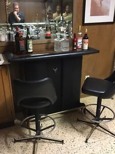 Bar with two matching barstools $150 OBO