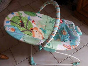 Chaise vibrante pour bebe / Baby vibrating chair