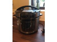 New Pressure cooker for sale used 2 times. Still in excellent condition