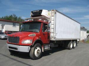 2004 Freightliner M2 106