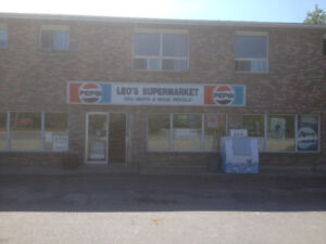 variety store for lease