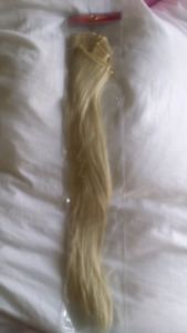 22 inch pack of synthetic blonde hair extensions for sale!