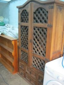 VINTAGE ORNATE 'FRENCH' RUSTIC FARMHOUSE CABINET/SIDEBOARD/DRESSER. VIEWING/DELIVERY AVAILABLE