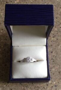 NEW!! NEVER WORN -Engagement Ring & Wedding Band