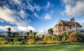 Awesome Food & Beverage Assistants for Award Winning Auchrannie Resort