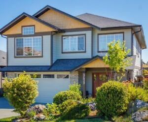 4br 3 bth, garage, fenced upper level home, Colwood AVAIL OCT 1