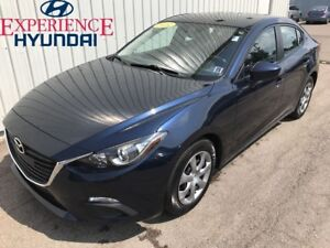 2014 Mazda MAZDA3 GX-SKY EXCELLENT EDITION! FEATURE RICH  LOW