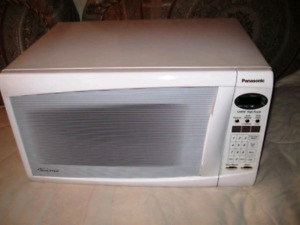 Like new panasonic microwave $70.00