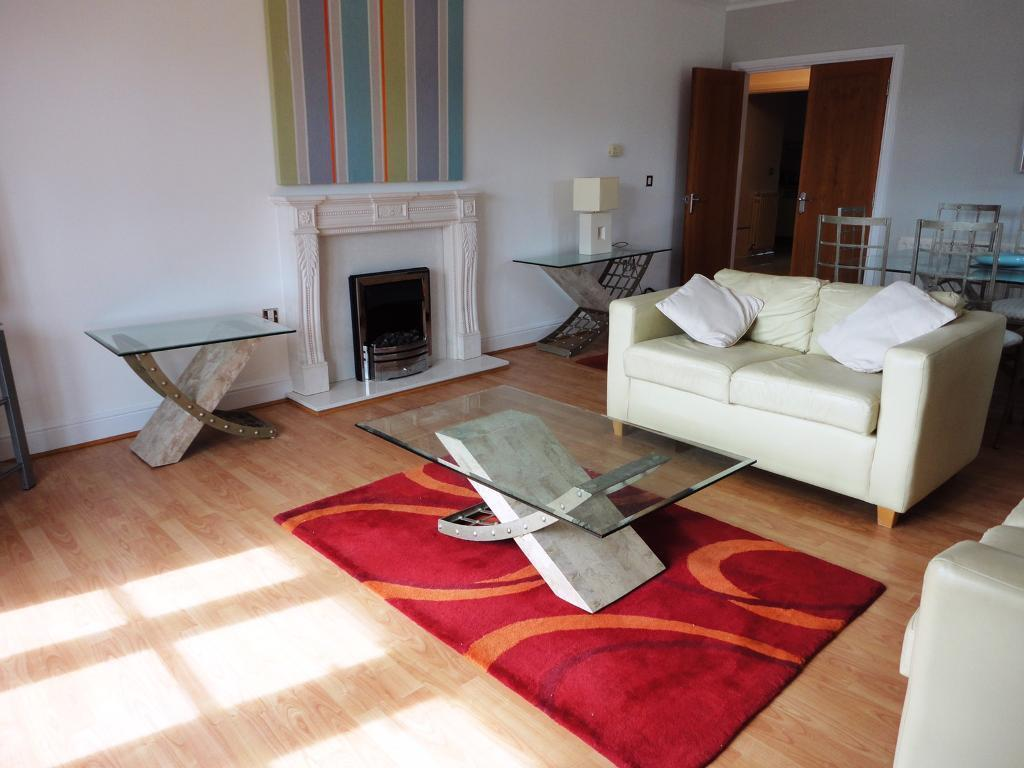 GLASS CONSOLE TABLES x 4in Ascot, BerkshireGumtree - GLASS CONSOLE TABLES x4In the picture the CONSOLE tables are the tables either side of the fireplace. There are 4 in total. COFFEE TABLE also for sale at £35.£25 each or all 4 for £75Flat clearance so matching items available.Collect from Ascot