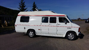 1992 Dodge Ram 350 Camper ,117 thousand kms .