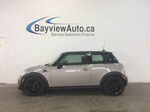 2013 Mini COOPER - 6 SPD! LEATHER! PANOROOF! JOHN BAKER!