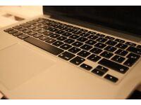 Apple MacBook Pro Retina Display 13.3 Inch
