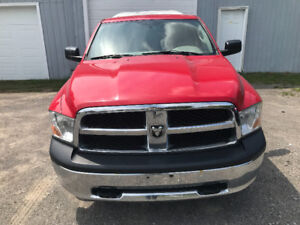 DODGE RAM ST 2X4 2010 (FINANCEMENT DISPONIBLE!!)