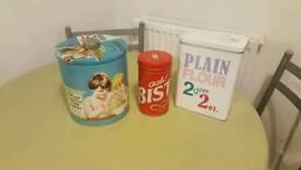 3 retro style tins