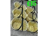 6 Shopping baskets