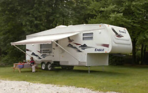 35' Jayco Eagle 5th wheel trailer for sale