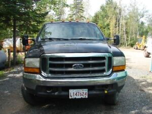 2000 Ford E-350 Pickup Truck