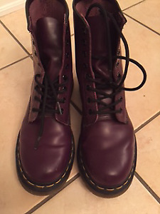 Womens Dr Marten's 1460 smooth purple leather boots