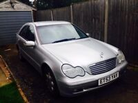 MERCEDES C 180 K, 2004 GOOD CONDITIONS