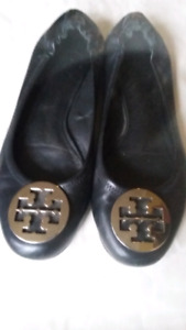 TORY BURCH  Black leather slip on flat shoes