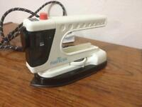 Travel Steam Iron 120/240 volts 350/700W