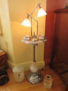 Superbe Cendrier-Lampe sur pied Art Déco