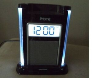 iHome dock for iphone 4s , 4 and ipod
