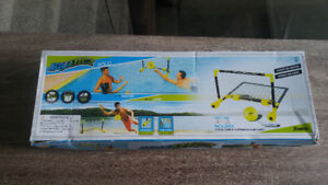 Aquaticz water polo pool party game