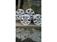 "Land Rover 21"" Alloy wheels"